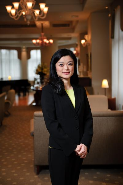 Lanson Place Hotel Hong Kong Appoints Stella Chow as Director of Marketing and Sales