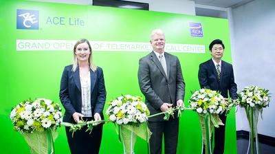 "Kevin Goulding, Regional President of ACE Life in Asia Pacific (center) and Sally O'Hara, Country President of ACE Life in Thailand (left) together with Sakarabhop Dhivarakara, Managing Director of AEON Insurance Service (Thailand) Company Limited (right) presided over the grand opening ceremony of the ""ACE Life Telemarketing Call Center"" at Ted's House Building on August 6, 2014"