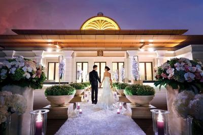 Galaxy Macau(TM) is offering attractive privileges and packages to ensure couples' big day is the most romantic event, for a lifetime of sweet memories.
