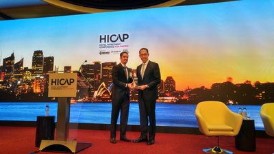 Dr. Daryl Ng JP, Director of Hong Kong Heritage Conservation Foundation Limited received the '2015 Sustainable Hotel Award -- Sustainable Destinations' award