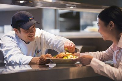 Healthy, great tasting entrees, plus service with a smile!