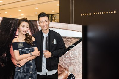 Celebrity Cantopop singers Fiona Sit and Pakho Chau helped launch Daniel Wellington new Classic Petite collection and the brand's global marketing campaign today at LCX, Harbour City.