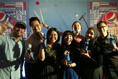 PEPSI Indonesia Marketing Team and Mocca band at the #PEPSIJammingSeru with Mocca, March 16th 2017