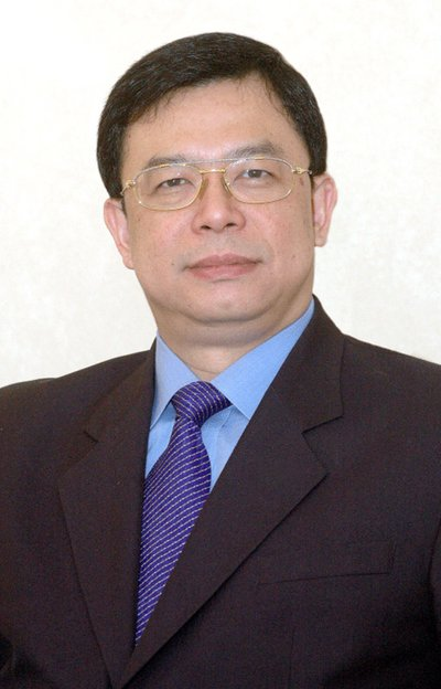 Mr. Bernard Lo, General Manager of Artyzen Sifang Nanjing