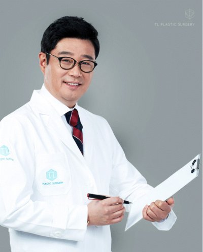 Direktur L Anti-aging and Lifting Center, Dr. Jung YeonHo