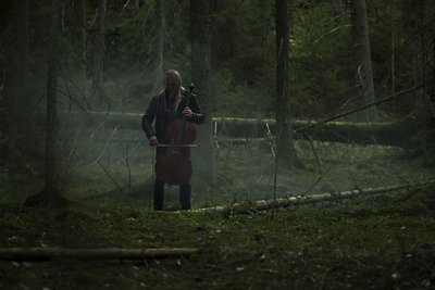 Eicca Toppinen, a member of the Finnish cello metal band Apocalyptica, will compose a new piece of music based on DNA samples gathered around Finland by geneticists