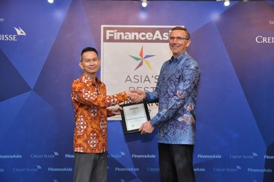 "President Director of Sampoerna, Mindaugas Trumpaitis, received the award during FinanceAsia's Best Managed Companies 2017 held in Jakarta (15/08). Sampoerna won three categories: ""Best Managed Company"", ""Most Committed to Corporate Governance"" and ""Best at Corporate Social Responsibility""."