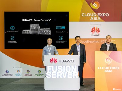 Huawei launched FusionServer V5 at Cloud Expo Asia 2017 by Wang Feng, Vice President & Chief Technology Officer of Huawei Southern Pacific Region Telco IT Department and Yue Shuang, Director of Huawei Southern Pacific Enterprise IT Solution Sales Department