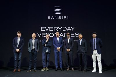 Mr. Srettha Thavisin (center), President of Sansiri Public Company Limited; along with Mr. Andrew Shearer (far left), CEO of Farmshelf; Mr. KONG Wan Sing (2nd left), Founder and CEO of JustCo; Mr. Tyler Brule (3rd left), Editor-in-Chief and Chairman of Monocle; Mr. Amar Lalvani (3rd right), CEO and Managing Partner of Standard International; Mr. Jimmy Suh (2nd right), President and Co-founder of One Night; and Mr. Nakul Sharma (far right), Founder and CEO of Hostmaker