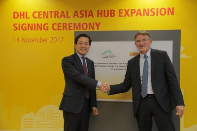 DHL Express today announced the HK$2.9 billion expansion plan for its Central Asia Hub in Hong Kong, in partnership with Airport Authority Hong Kong. Ken Allen, Global CEO of DHL Express (right) and Fred Lam, CEO of Airport Authority Hong Kong, signed an agreement at the DHL Central Asia Hub located at the Hong Kong International Airport.
