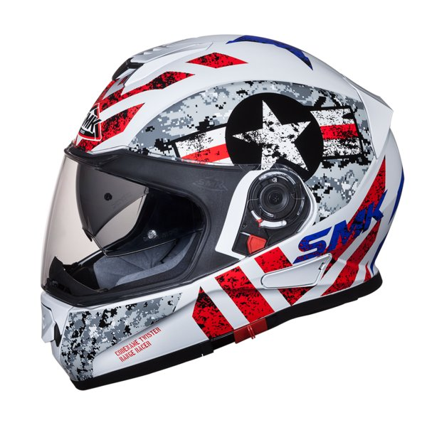 INEOS Styrolution's high impact grade ABSOLAC® ABS used on STUDDS' premium range of motorcycle helmets (image courtesy of STUDDS, 2018)