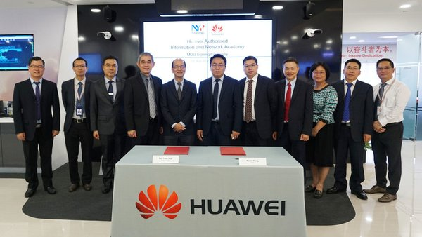 Huawei and Nanyang Polytechnic senior executives agreed to set up the first Huawei Authorised Information Network Academy (HAINA) in Singapore today (Feb 23) in a ceremony in Singapore OpenLab