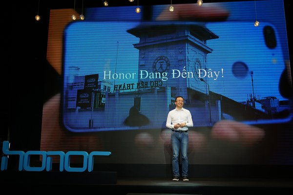 George Zhao, President of Honor, is excited to see Honor's expansion into Vietnam market.