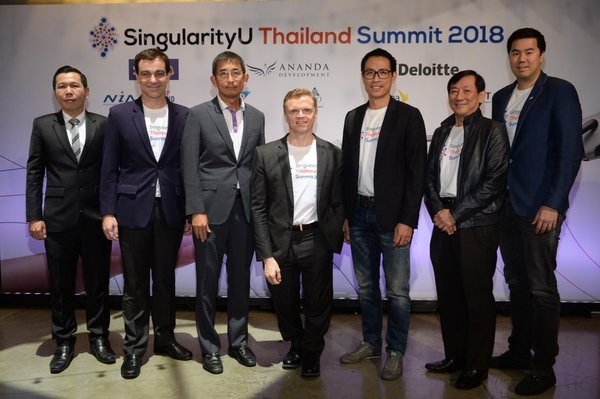 From left to right: Dr. Nuttapon Nimmanphatcharin, President and CEO, Digital Economy Promotion Agency; Liher Urbizu, MD, SAP Indochina; Orapong Thien-Ngern, CEO, Digital Ventures Company Limited; Dr. John Leslie Millar, Head of Exponential Social Enterprise Company Ltd.; Chanond Ruangkritya, President & CEO, Ananda Development; Dr. Janson Yap, Asia Pacific Leader, Deloitte Global Risk Advisory and Innovation Practice Leader, Deloitte Southeast Asia; Dr. Supachai Parchariyanon, SingularityU Bangkok Chapter