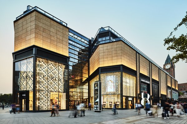WF CENTRAL is Hongkong Land's leading premium lifestyle retail destination in Beijing, China. It offers an authentically-new Beijing lifestyle experience by bringing together an unparalleled range of Luxury, Fashion, Lifestyle & Wellness, World-class Gastronomy and Art & Culture experiences.