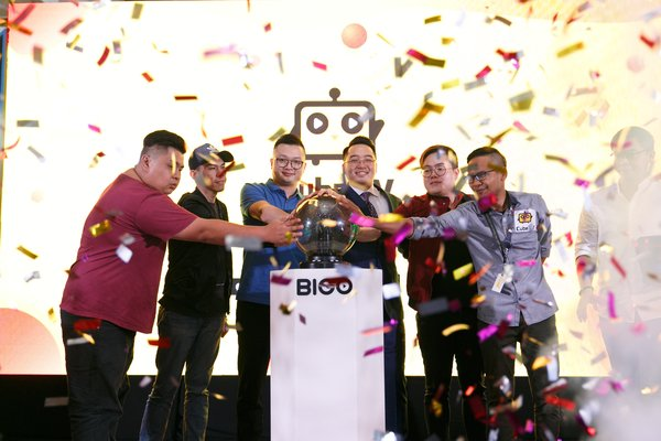 Cube TV officially launched in Malaysia and the service is focused on mobile gaming livestreaming with aims to give gamers in Malaysia a set up in the eSports arena.