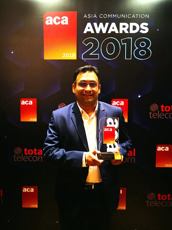 Huawei Representative Konesh Kochhal received Smart Cities Award at the Asia Communication Awards 2018.