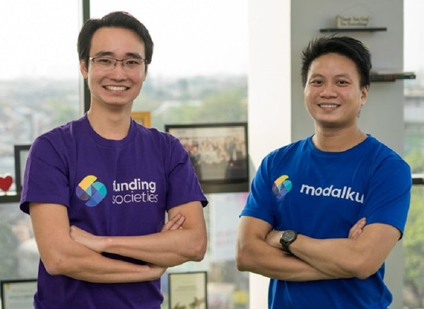 Kelvin Teo (left) and Reynold Wijaya (right), co-founders of Funding Societies