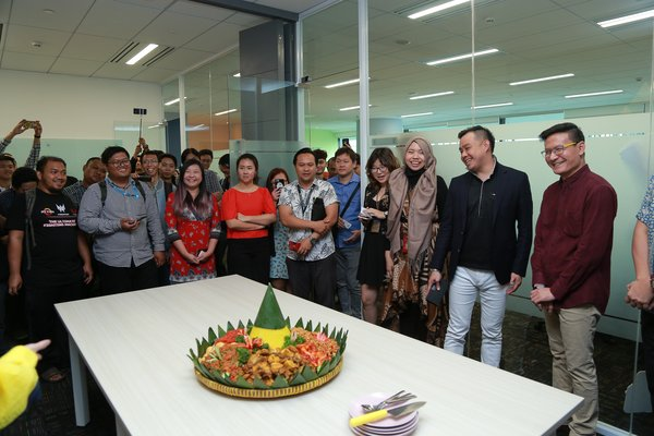 "Grand Opening I Got Games Jakarta Office and introduction of official theme song for Lord Mobile ""Champions Overture"""