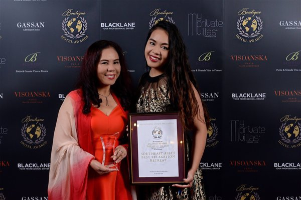 Ms Bui Thi Thanh Huyen & Ms Sandra Nguyen Si -- Co-founder & Director of Business Development of Salinda Resort Phu Quoc Island.