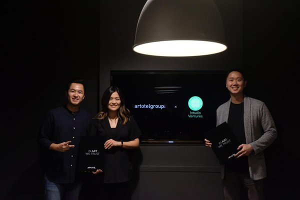 (left - right) Mr. Erastus Radjimin, Mrs. Christine Radjimin, Mr. Patrick Yip (Intudo Ventures)