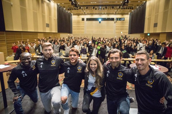 Five LA Galaxy players conducted sports nutrition and fitness training in Japan and Indonesia, alongside Dr. Dana Ryan, Director of Sports Performance and Education at Herbalife Nutrition.