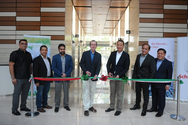 Directors of Daiichi Properties and Jardine Schindler Philippines at the ribbon cutting ceremony.