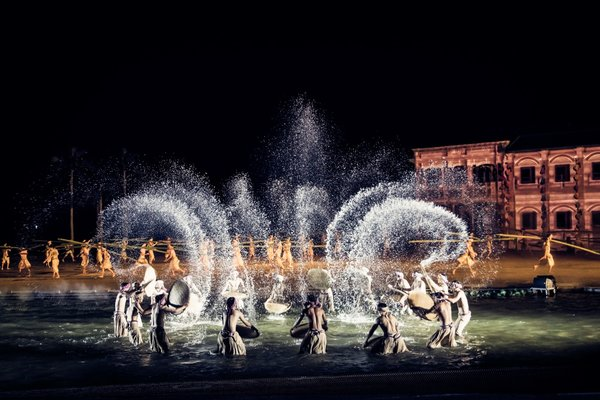 """""""A feast for the eyes"""" with breath-taking effects, detailed props and intricate and expressive choreography."""