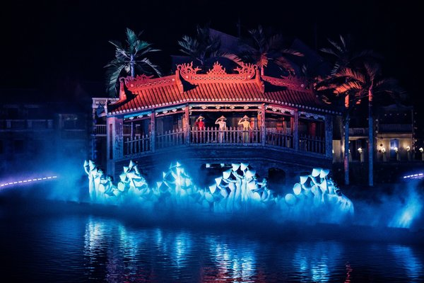Restage a part of history and culture of Vietnam with the pride of Vietnamese people.