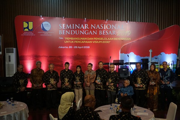 Indonesian Minister of Public Works & Public Housing at the Opening of National Seminar on Large Dams 2019.