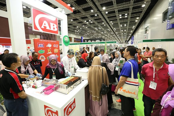 Trade Visitors thronging the exhibition halls at Livestock Malaysia
