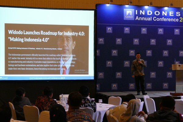 Leigh Fletcher, Sales Director QAD Indonesia pada QAD Indonesia Conference 2019