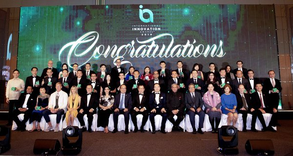 Group Photo of the Winners of the International Innovation Awards 2019, held in Singapore.