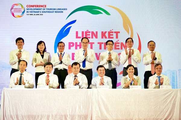 Vietnam's Southeast Region Cities and Provinces enhance linkages for sustainable tourism development