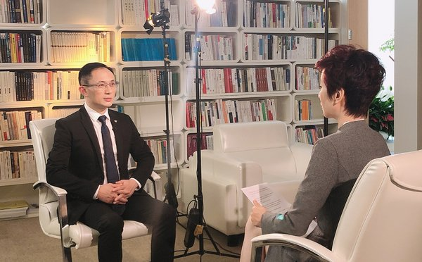 """TCSA chairman, Adkins Zheng, was invited to be interviewed by Phoenix TV's, """"Elite Converge"""" program."""