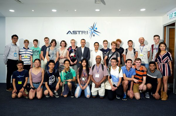 ASTRI CEO Hugh Chow welcomes IMMC students and teachers visiting ASTRI2019
