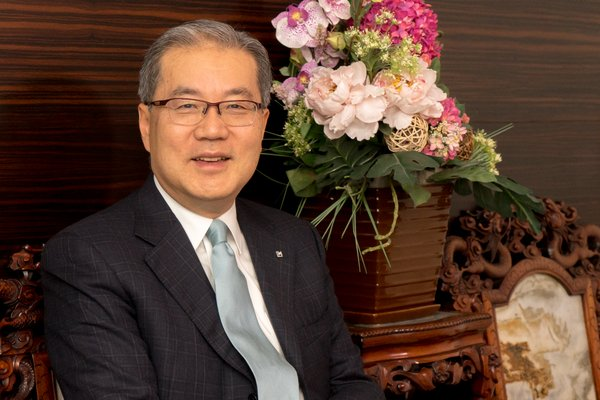 Lawrence Ma, Chief Executive Officer of Lee Heng Diamond Group