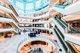 上海的恒隆广场刚完成大型的资产优化计划,全面提升购物环境及引入新颖国际品牌,迎合年轻富裕顾客的品味和需求,再次确立项目作为中国奢侈品品牌集中地的独有定位。