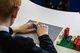 乐高盲文积木颗粒助力失明和视障儿童在玩乐中学习盲文