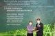 在2020年6月30日舉行的頒獎典禮上,香港理工大學知識管理及創新研究中心發起人李榮彬教授(左)向信和集團創新聯席董事楊孟璋先生(右)頒發全球最具創新力知識型機構大獎。