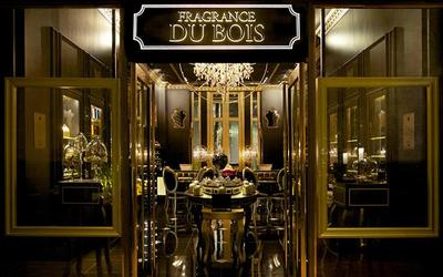 Fragrance Du Bois boutiques located at the Fullerton Hotel, Singapore and the Starhill Gallery, Kuala Lumpur, Malaysia