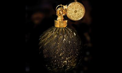 Limited edition release of Oud Amber Intense in a quintessential Marcel Franck bottle. Available on pre-order only. Retail Price S$5000