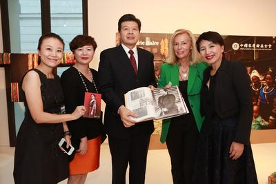 Hearst Magazines China Managing Director Lena Yang (first right), Laurence Hembert Executive Director of Marie Claire International Editions (second right) with other guests.