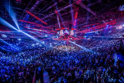 A capacity crowd at the Cotai Arena cheered on the participants in Clash in Cotai II, which saw WBO World Welterweight champion Manny Pacquiao successfully defend his title against American Chris Algieri.