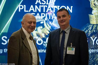 Mr. Guy Cohen, Vice President de l'A.NA.CO.FI. (Association Nationale des Conseils Financiers), supporting Asia Plantation Capital at the Awards evening