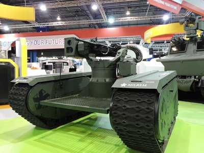 First-of-its-Kind Modular Hybrid Unmanned Ground Vehicle Unveils at the Singapore Airshow 2016