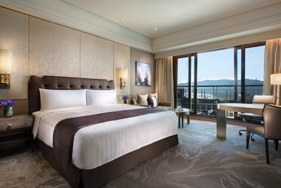 West Lake-facing Deluxe Room
