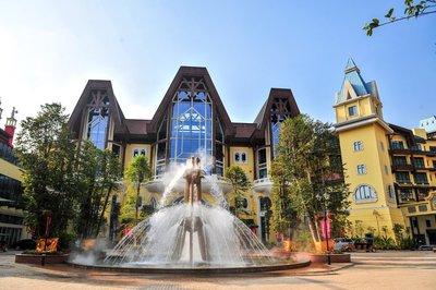 喜达屋河源巴伐利亚庄园福朋喜来登度假酒店开业