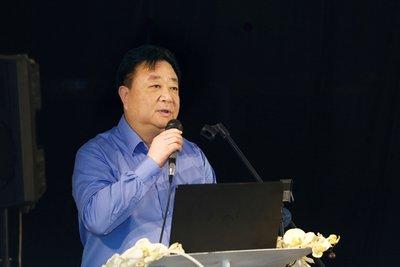 浦东新区副区长 简大年
