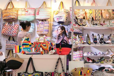 Fashion and Design Attract Well-known Buyers to Hong Kong
